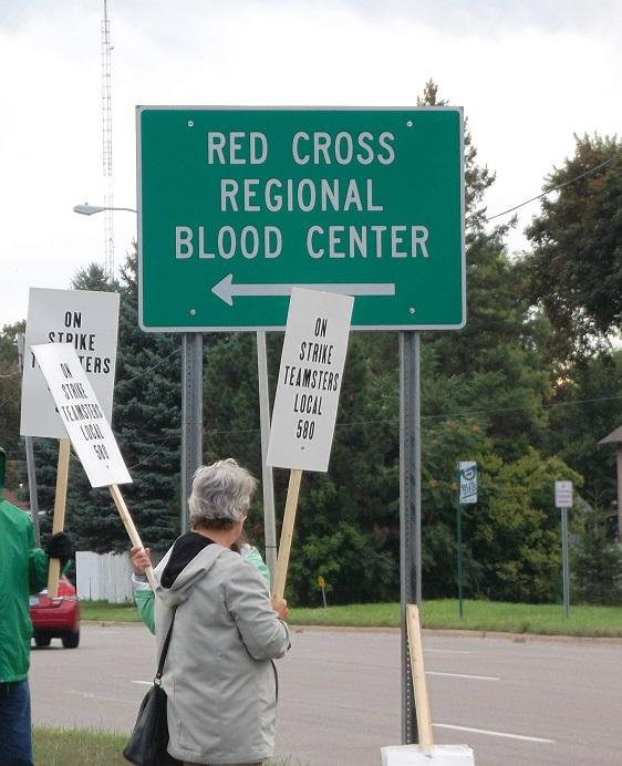 American Red Cross workers on strike in Lansing (file photo)
