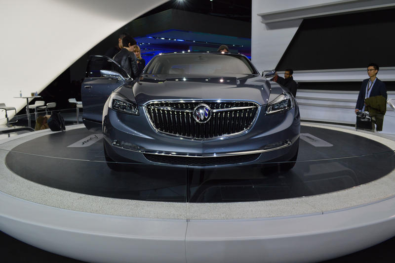 The Buick Avenir concept car is a flagship sedan that explores the potential of Buick's design.