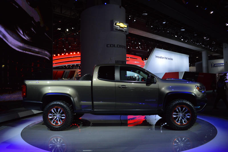 The ZR2 concept features a 2.8 liter duramax diesel that will be going into the Colorado later this year.
