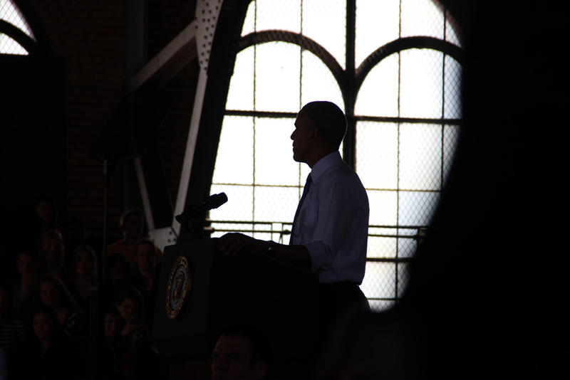 Photo of President Obama speaking in Ann Arbor.