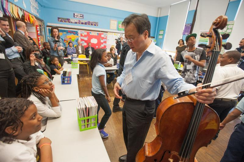 Yo Yo Ma spends time with kids from Detroit Public Schools.