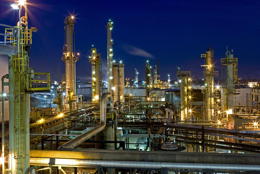 fire breaks out at marathon refinery in detroit michigan radio
