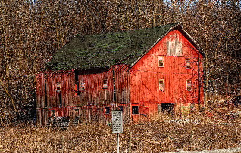 An architect's campaign to preserve Michigan's old barns ...