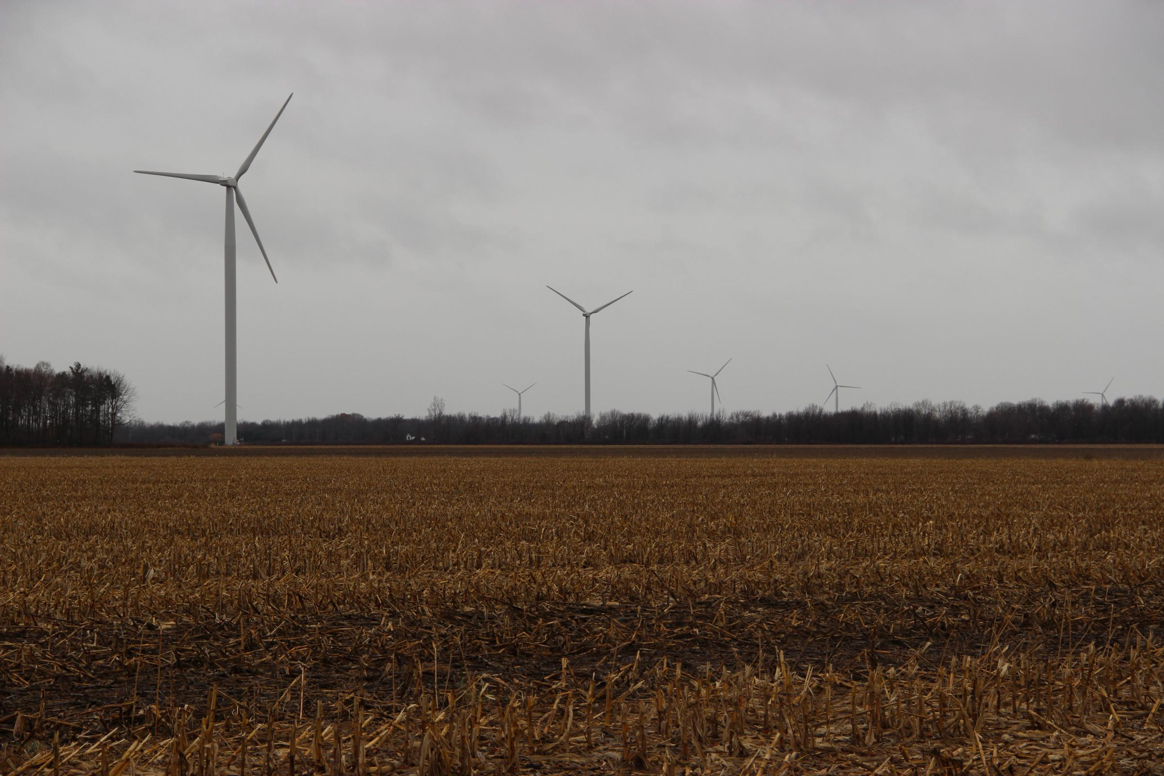 Wind energy is cheaper, but interest in building turbines is waning ...