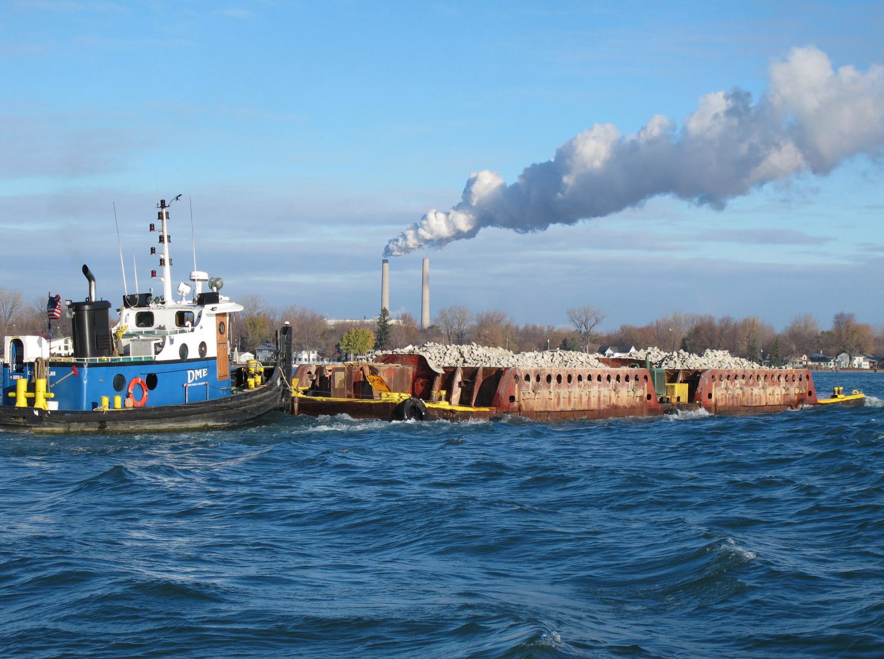 Detroit River Barge Transport