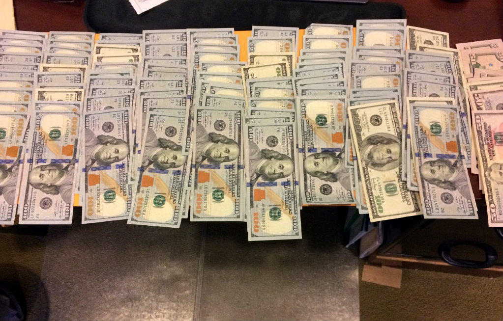 Reporter s notebook cash on the table for my house for 100000 dollar house