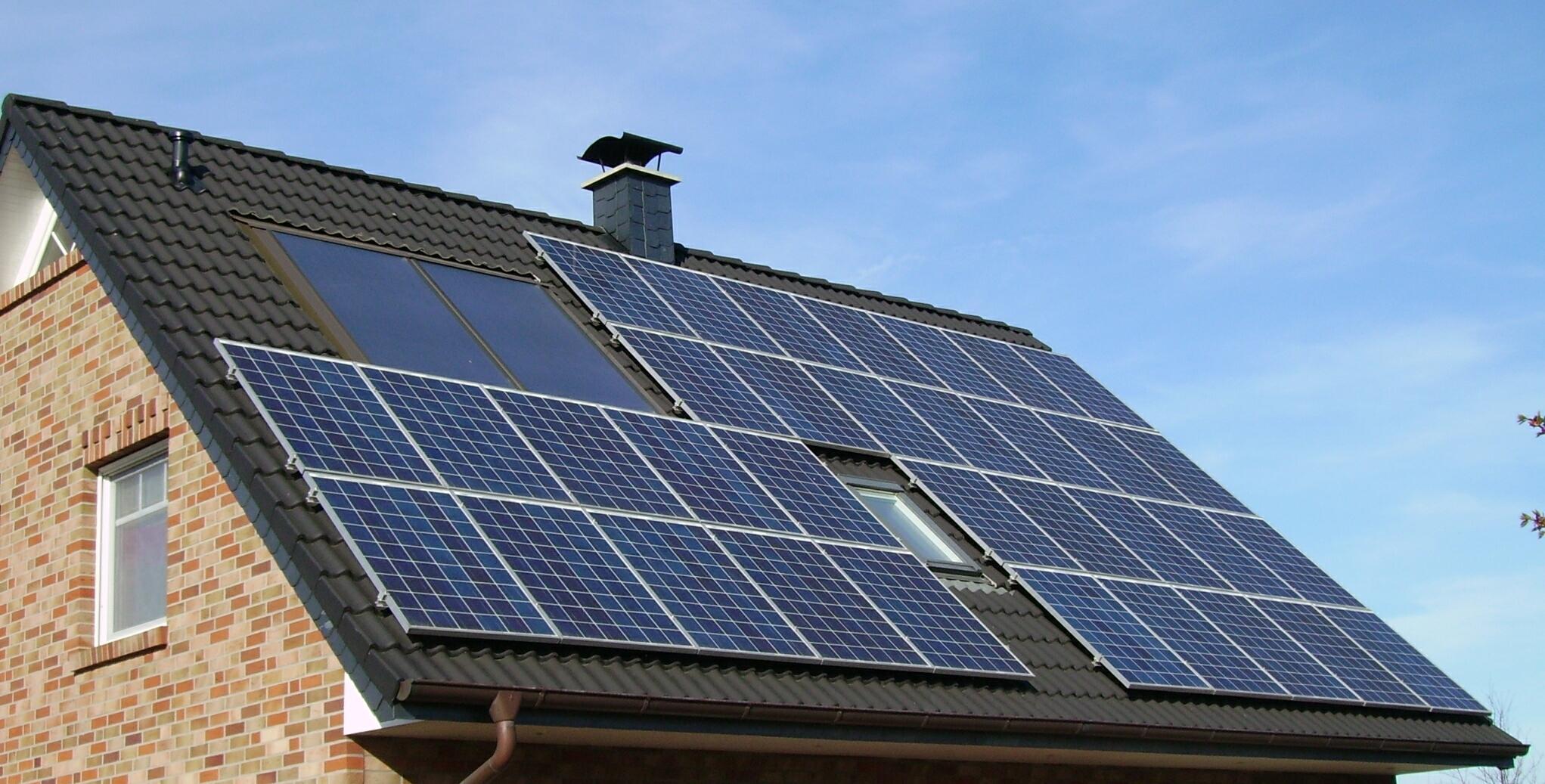 Kết quả hình ảnh cho solar panel on roof