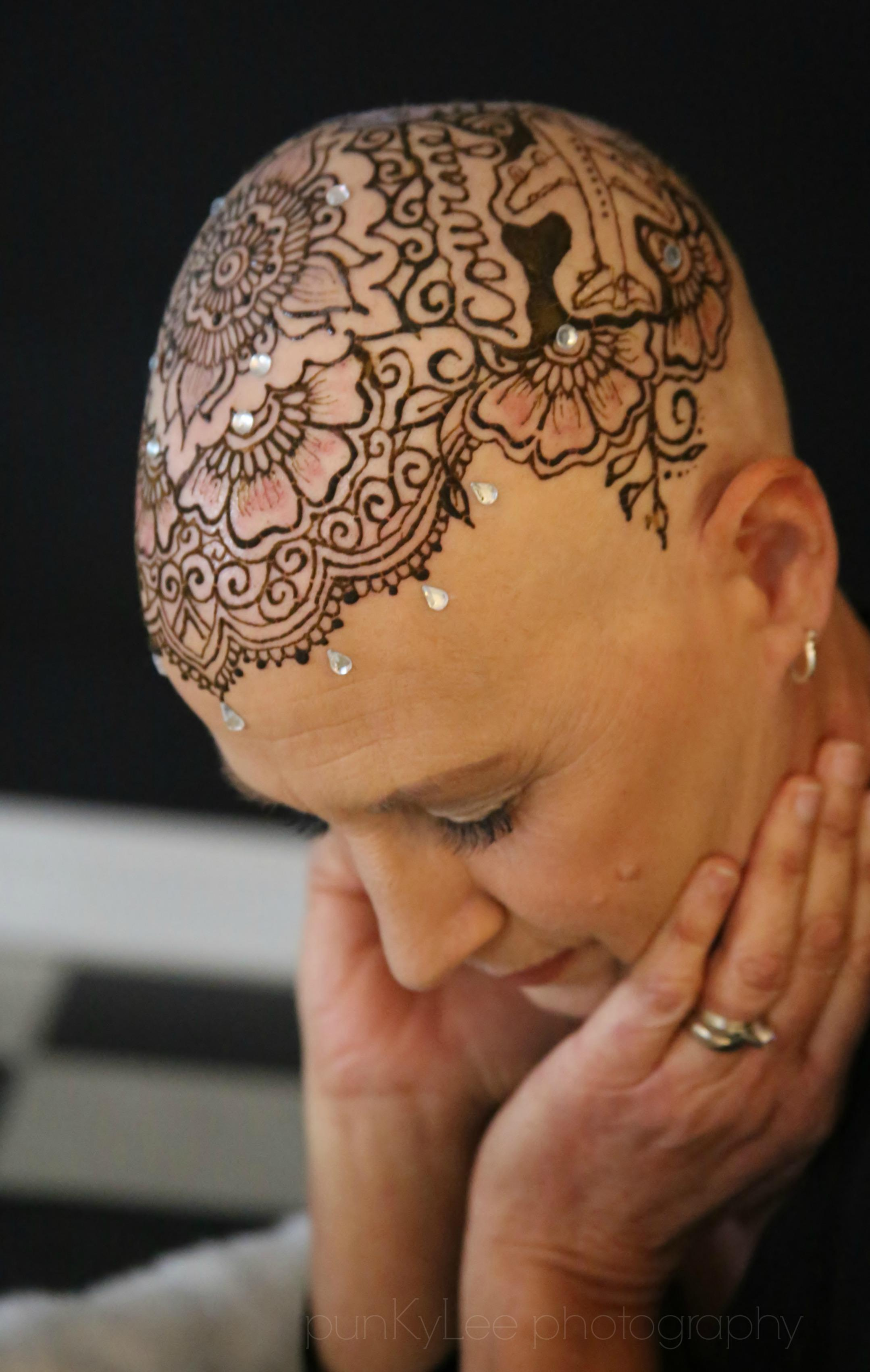 Crowns Of Courage Uses Henna Tattoos To Help Cancer Patients Heal