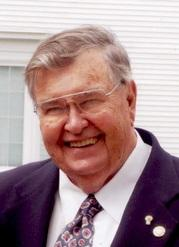 Raymond Gross was a newsman who worked at WRKD Radio in Rockland and, later, for the Courier newspapers, where he rose to become editor and publisher. He served as president of the Maine Press Association. Gross died December 7 at age 85.