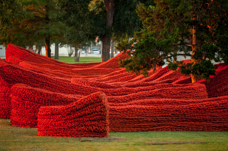 Terra 2014, recycled lobster rope and paint, Orly Genger
