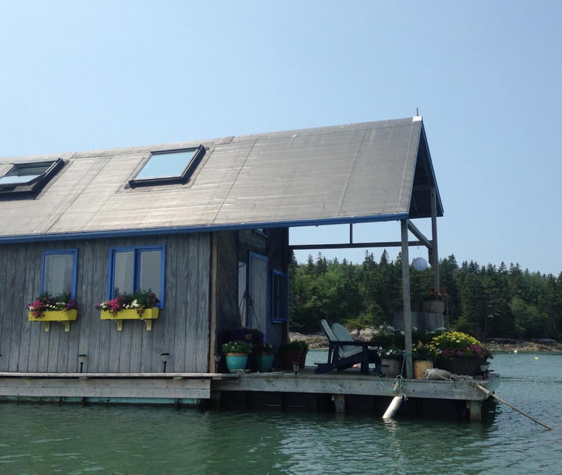 Louisa and Foy Brown's tiny floating house.