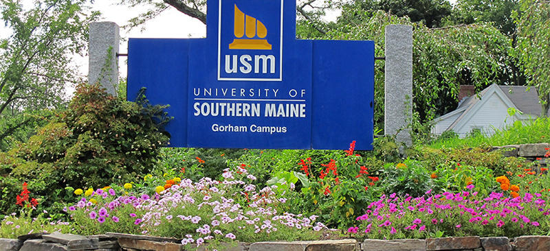 A sign marking the entrance of the Univ. of Southern Maine's Gorham campus.