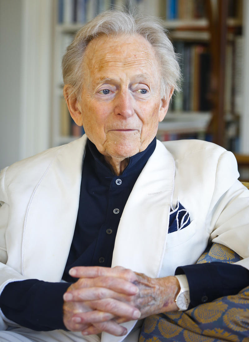 "In this July 26, 2016 file photo, American author and journalist Tom Wolfe, Jr. appears in his living room during an interview about his latest book, ""The Kingdom of Speech,"" in New York."