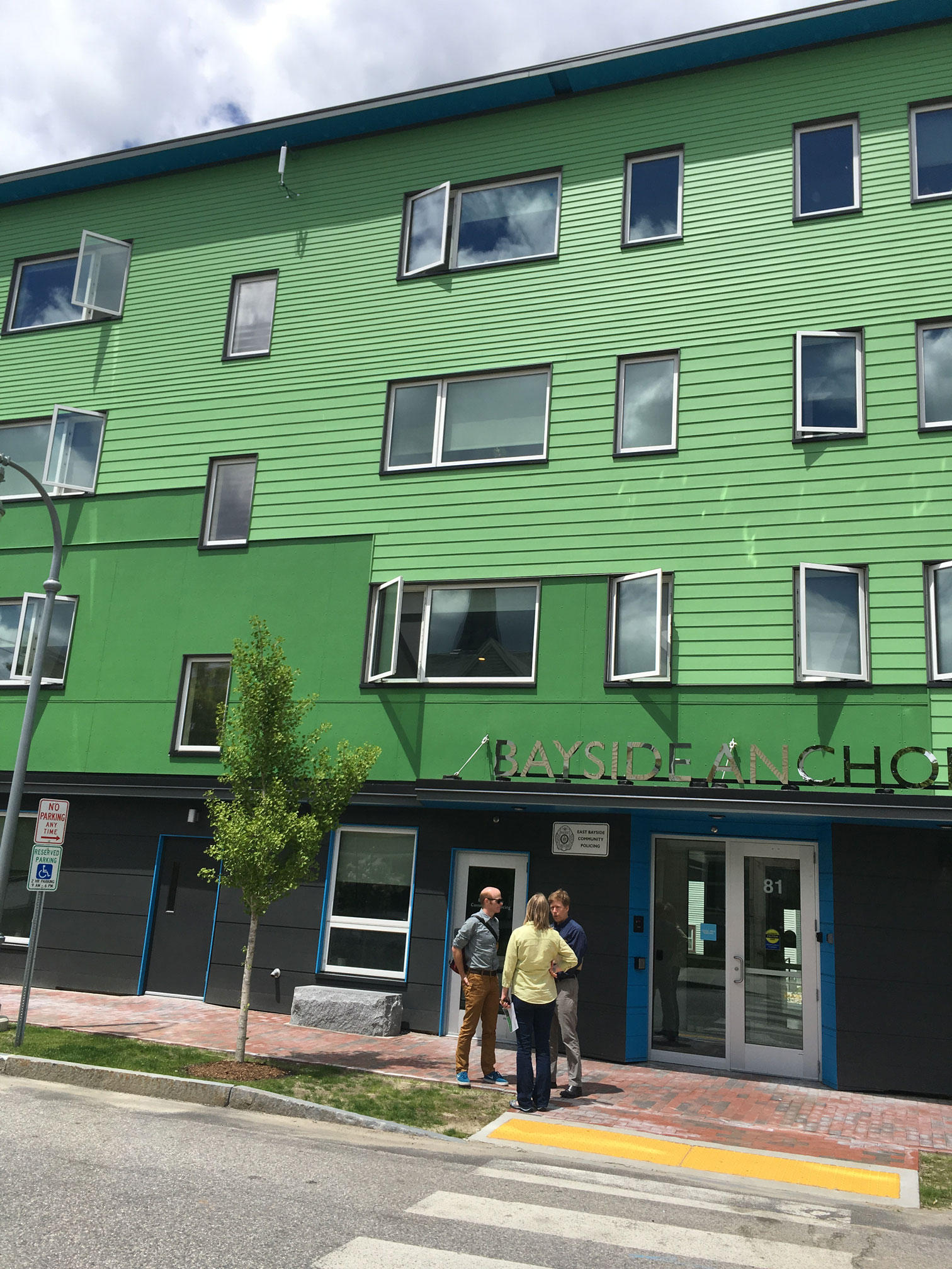 This Ultra-Efficient Portland Apartment Building Doesn't ...