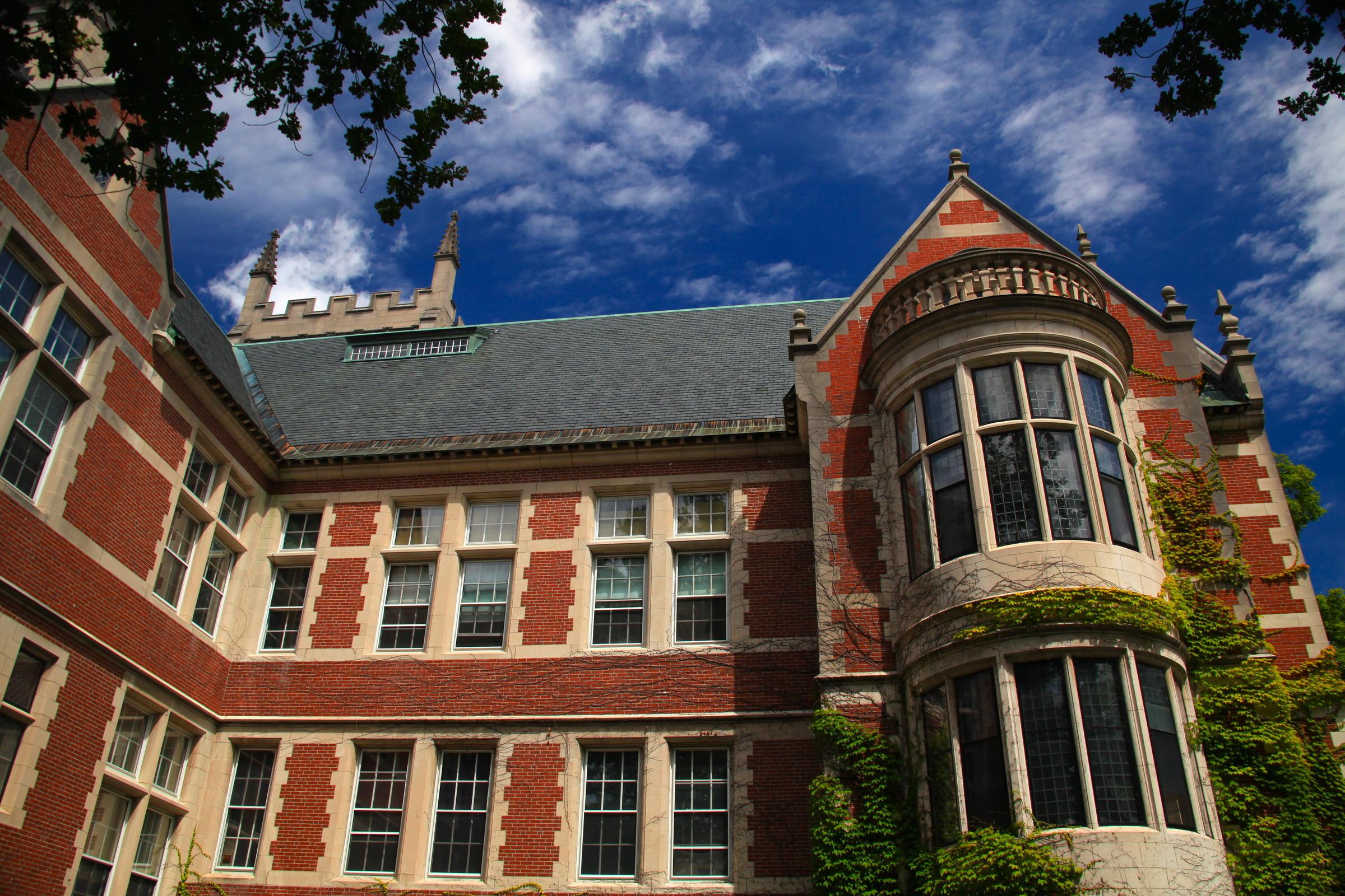 Bowdoin college achieves carbon neutral goal maine public bowdoin college achieves carbon neutral goal publicscrutiny Images