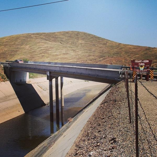 """A photo from voicesofthedrought.tumblr.com. The Friant-Kern Canal is supposed to be a centerpiece of the original Central Valley Project plan. The canal """"was reduced to a trickle"""" when reporter Ezra David Romero took this picture."""