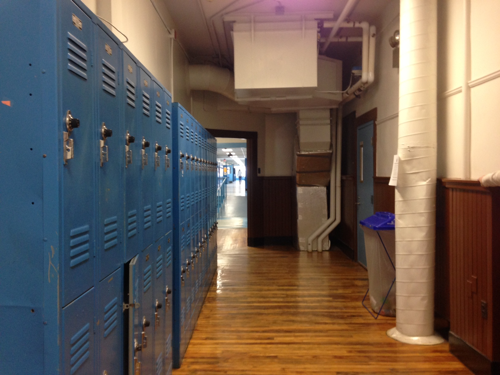 wing of Newmarket's Junior and Senior High School an old HVAC system  #B98312