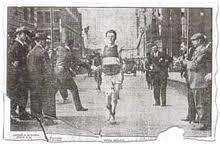 Henri Renaud wins the 1909 Boston Marathon