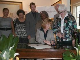 Hassan signs a bill posthumously freeing 20 enslaved Revolutionary War veterans