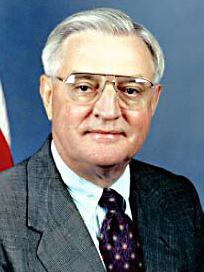 Former Vice President Walter Mondale was hoping New Hampshire would boost his standing as the inevitable Democratic nominee in 1984.
