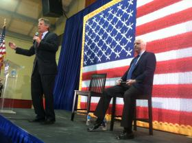 Scott Brown and John McCain at a town hall meeting in Derry.