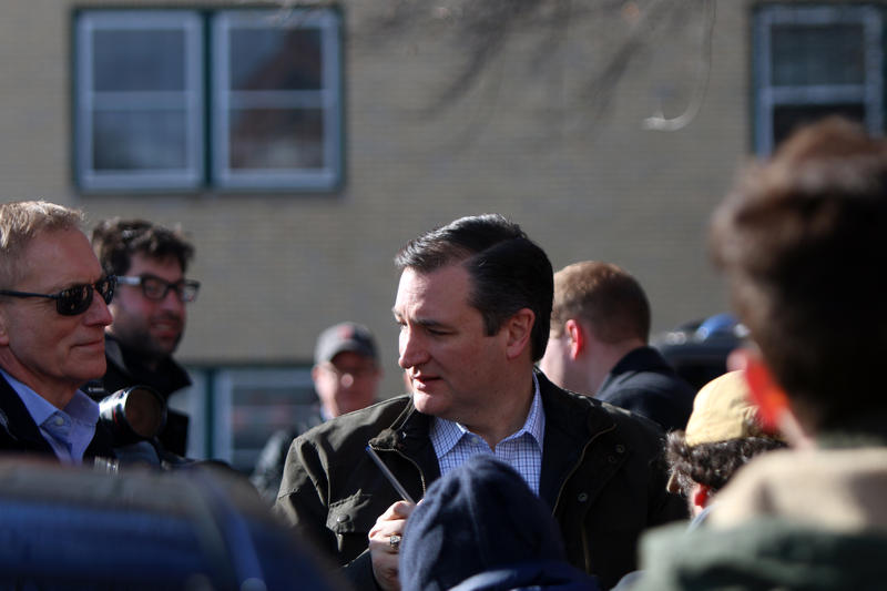 Ted Cruz speaks the media outside the Red Arrow Diner in Manchester