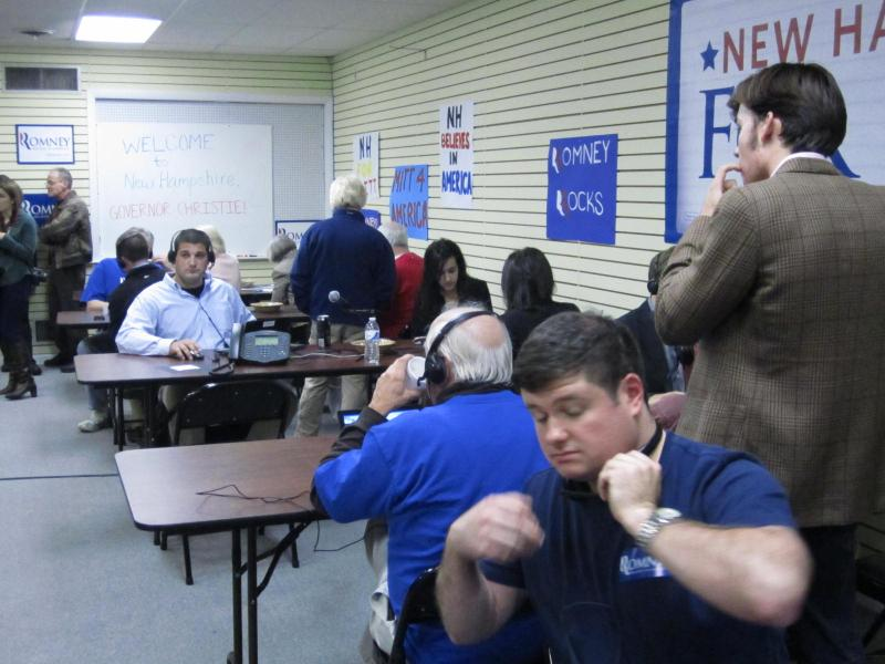 Romney phone room volunteers