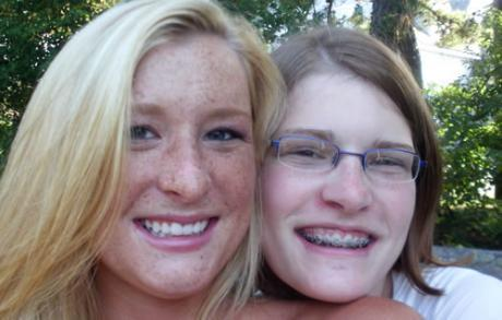 Mackenzie Tripper (right) with her sister Taylor. (Courtesy Joel Trippier)