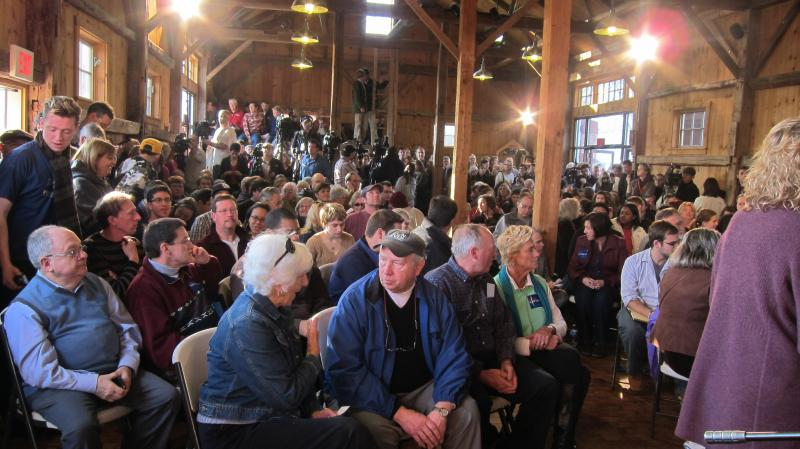Hundreds gathered inside a barn in Hollis to see former Pennsylvania Senator Rick Santorum