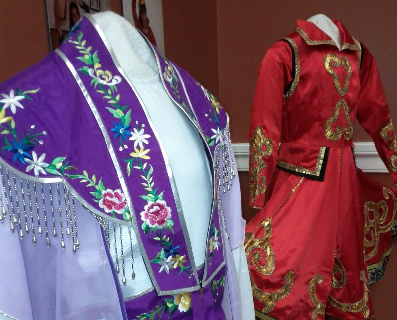 Traditional Vietnamese dance dresses
