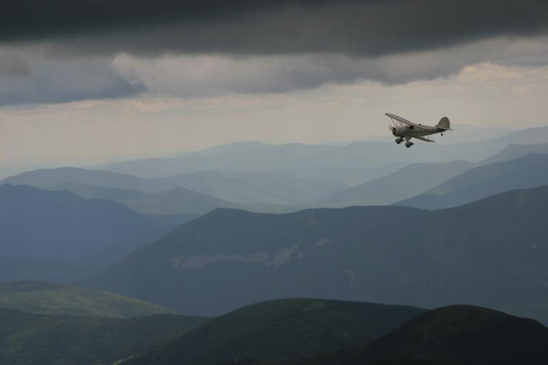 Waco biplane over the Presidentials