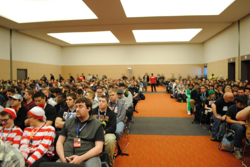 Gamers pack into a panel discussion on Day Z