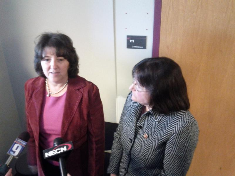 Mayor Lozeau (left) and Ann Kuster (right) in the Nashua Airport