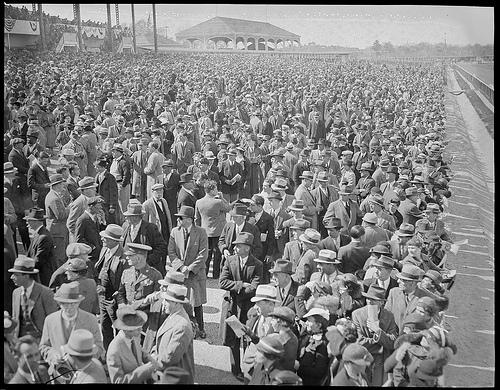 Crowd at Rockingham Park