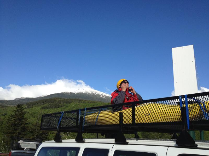 Mount Washington Media Director Steve Caming about to paddle upmountain