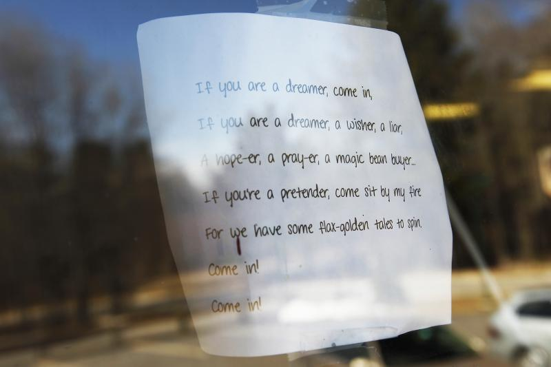 A note taped to a window in the educational center at the Winnipesaukee Playhouse in Meredith, N.H.