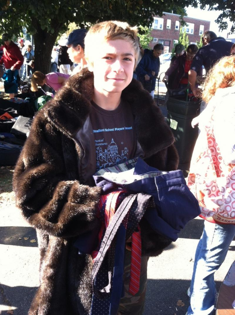 A Macklemore protégé looks to pop some tags.