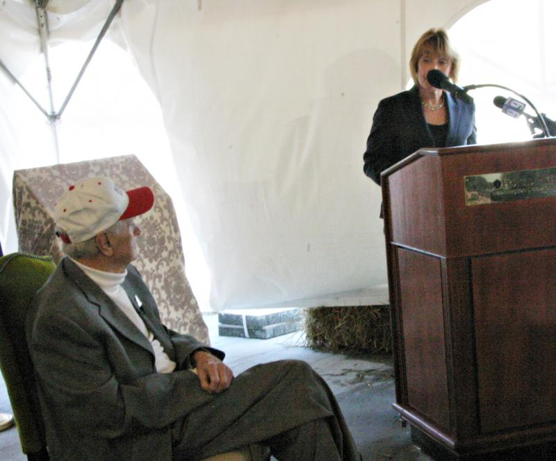 Governor Maggie Hassan (right) honors Executive Councilor Ray Burton at the opening of a scenic area on Route 302, November 1, 2013.
