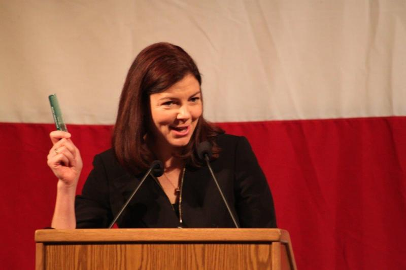 "Senator Ayotte with a ""Burton for Certain"" comb"