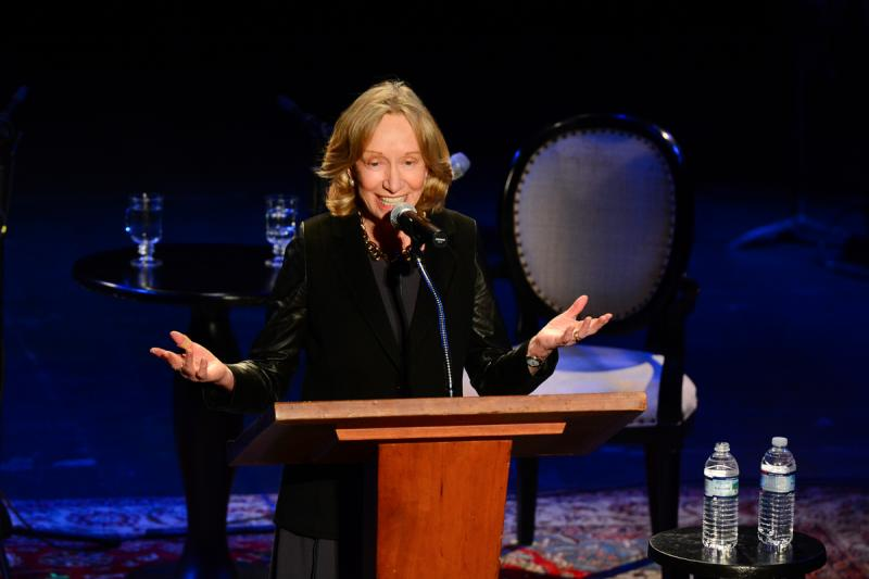 Doris Kearns Goodwin takes the stage.