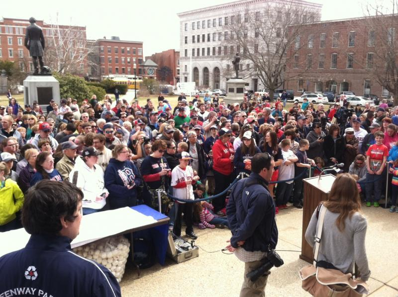 The crowd packed in front of the Statehouse to see Ortiz.