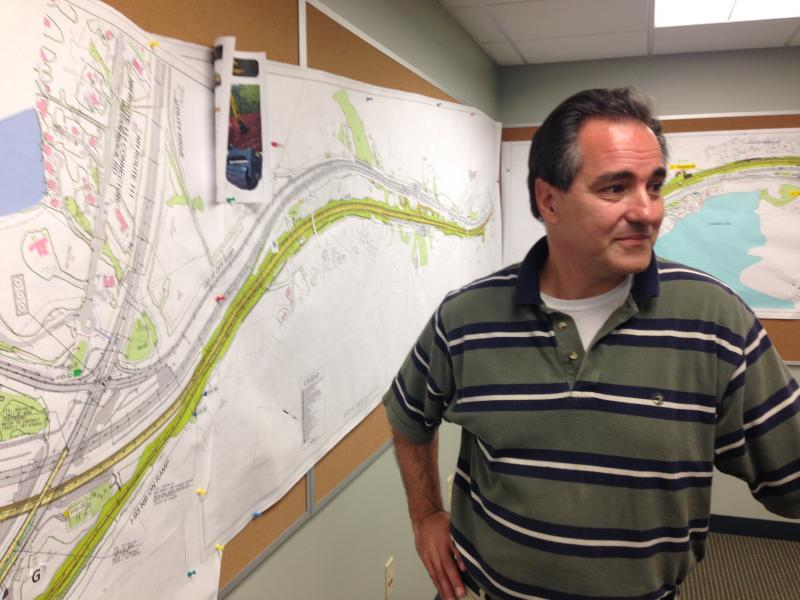 Pete Stamnas in front of a map of I93.