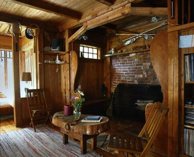 Will Bradley House, Randolph, New Hampshire (1906), Inglenook and fireplace. Will Bradley, designer and builder.