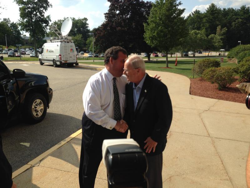 Christie says goodbye to Havenstein right before driving away.