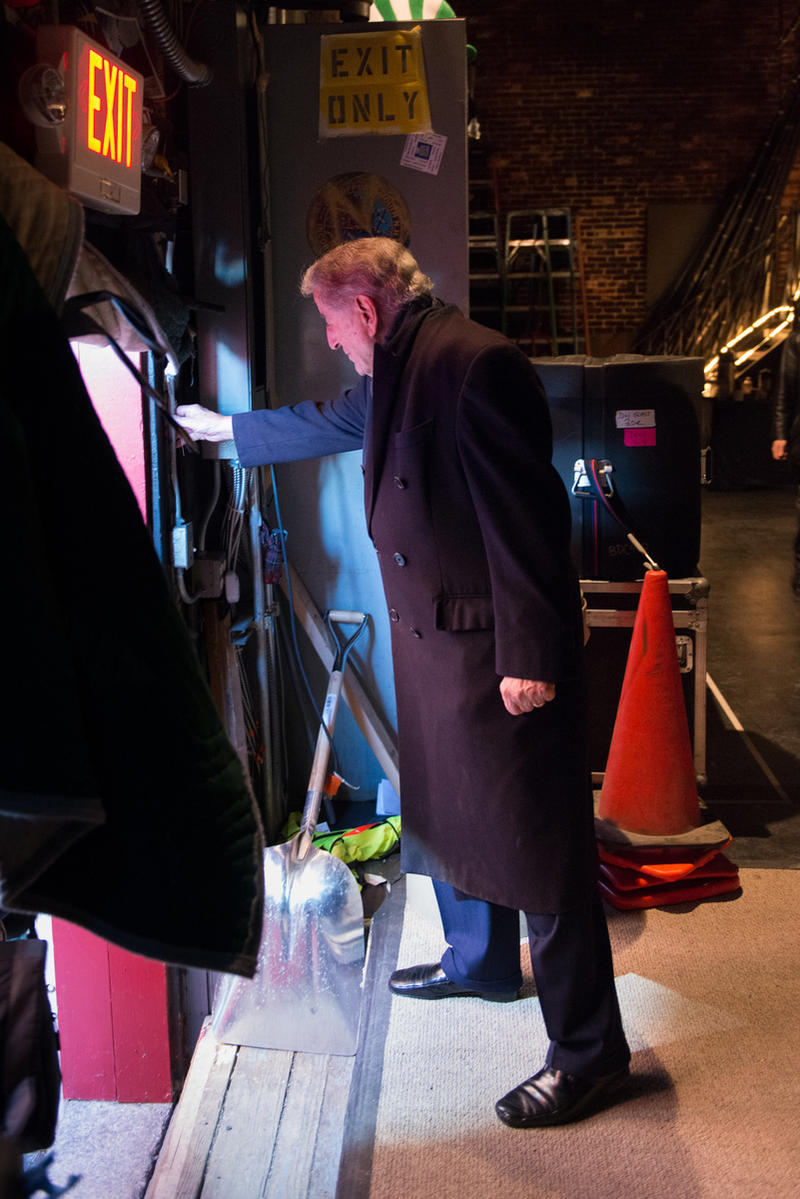 Tony Bennett backstage at The Music Hall in Portsmouth, NH on March 9, 2014