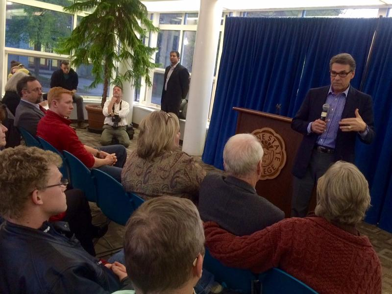 Perry takes questions at Keene State College