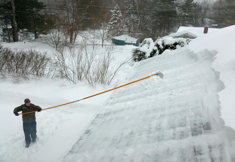 Roof raking in Hollis