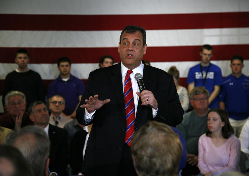 New Jersey Gov. Chris Christie told the crowd that if he chooses to run for president, town hall meetings will be the staple of his cam