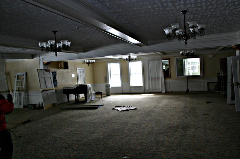 The resort closed in 2011 and the following year most of its furnishings were sold at auction.