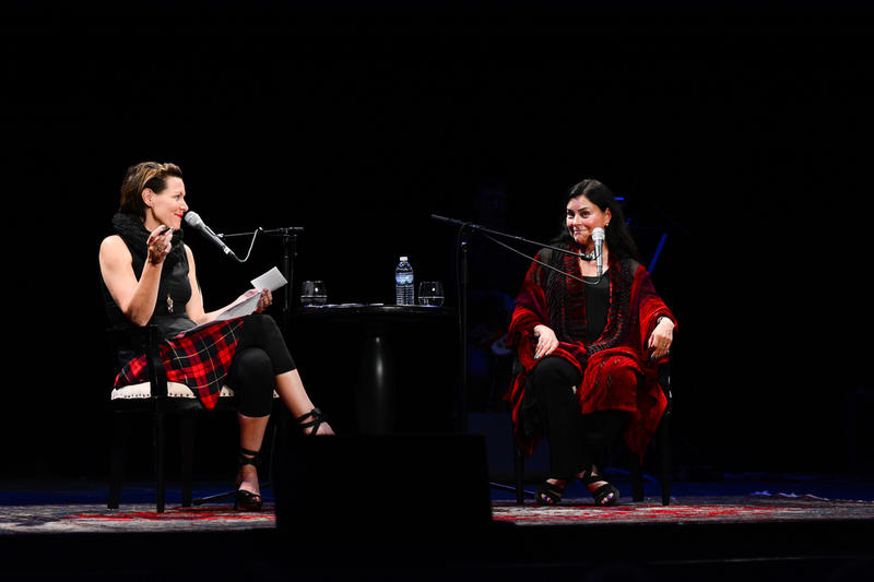 Virginia Prescott and Diana Gabaldon on The Music Hall Stage